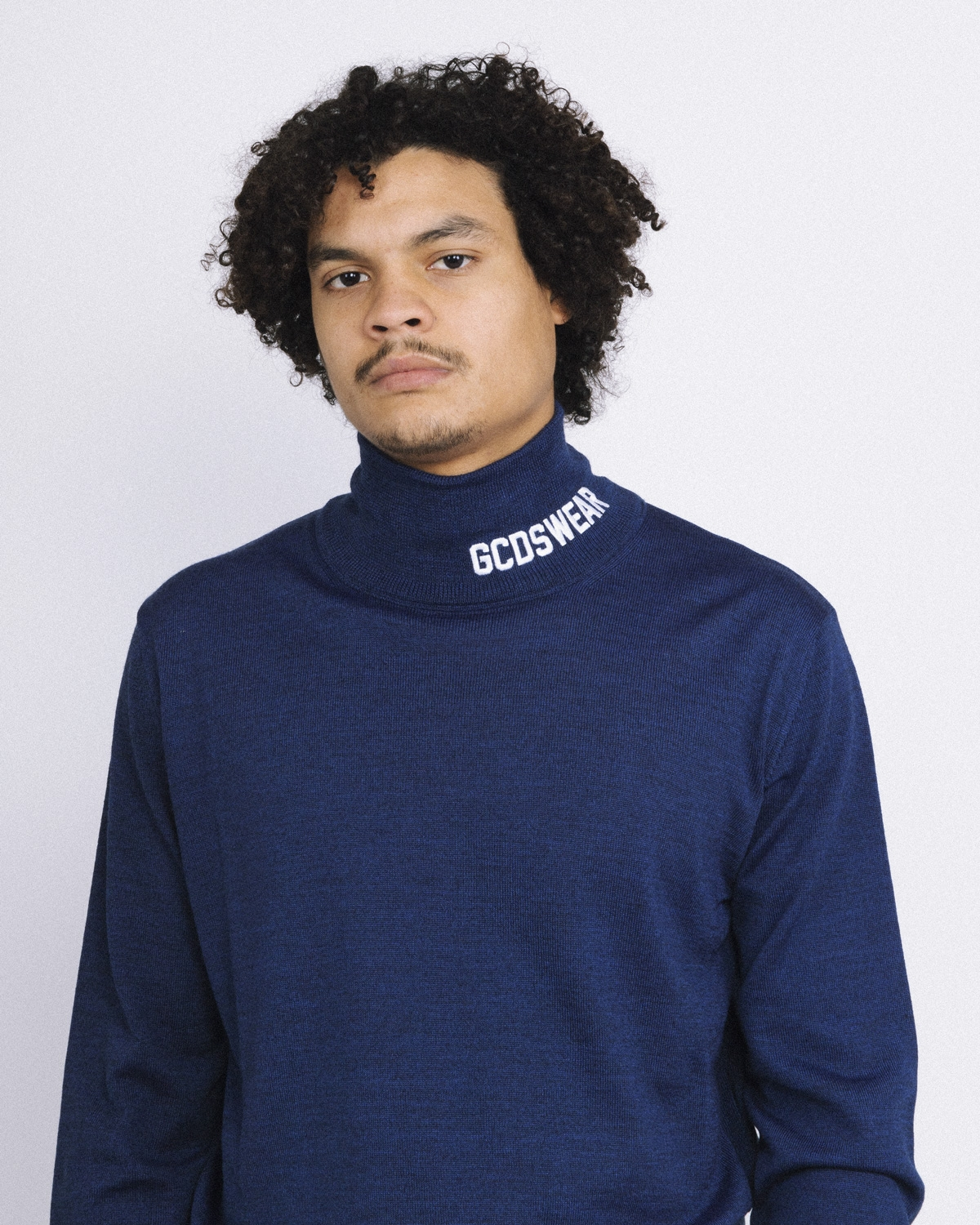 GCDS LOGO TURTLENECK